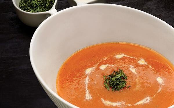 Sopa de Zanahoria y Jengibre una refrescante sopa tibia