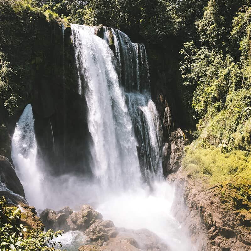 Cascada Lago de Yojoa