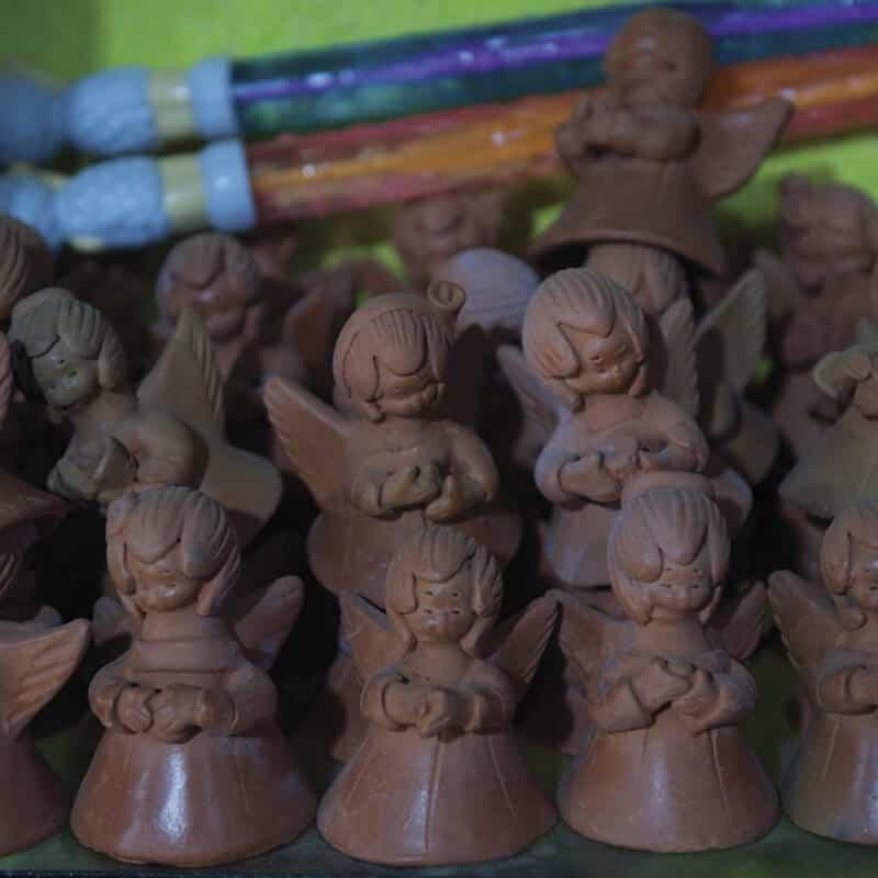 Sazón Sula, ángeles de chocolate en la villa navideña en Bulevar Juan Pablo II