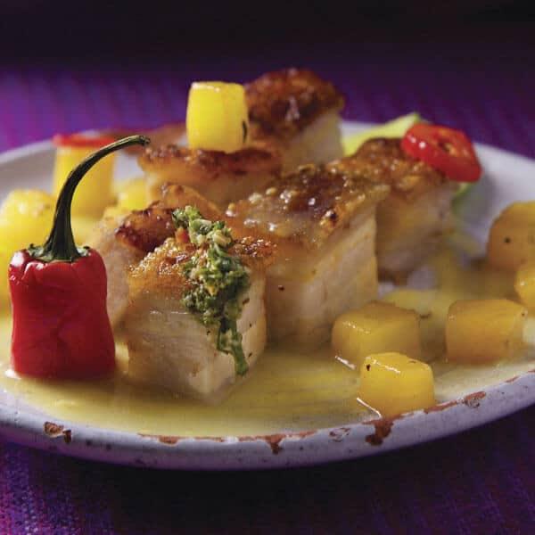 Pork Belly a la piña y jalapeño prepado al estilo de Sazón Sula