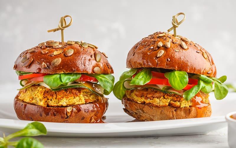 Alternativas saludables para una hamburguesa sin de carne Hamburguesa de lentejas