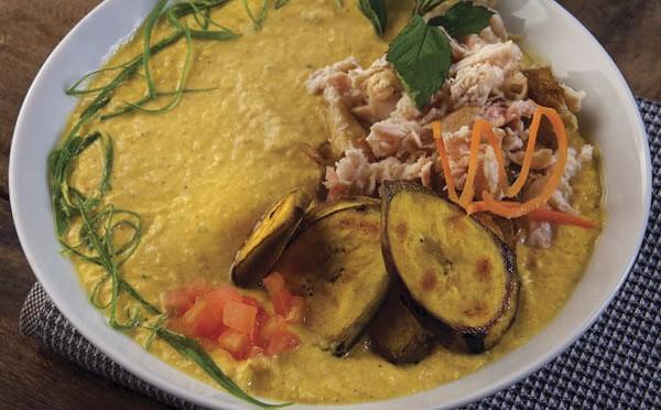Indio Viejo es un platillo originado en Nicaragua de maíz y plátano